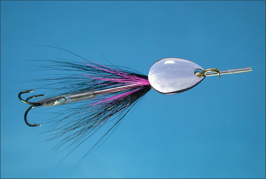 Spinhead fitted to a salmon tube fly